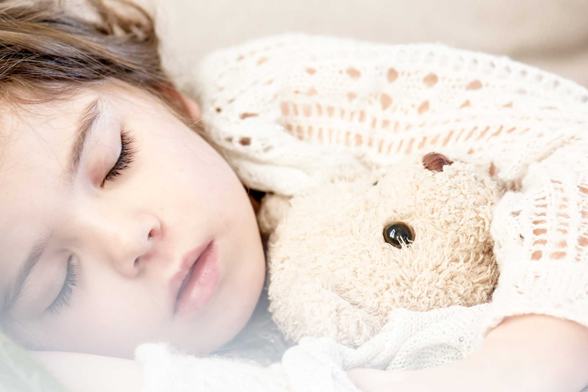 Peuter Groot Bed.Naar Het Grote Bed Slaap Baby Slaap